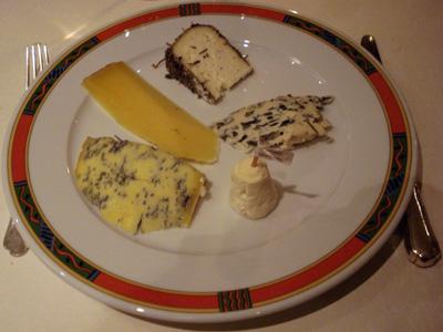 Leon de Lyon - Cheese